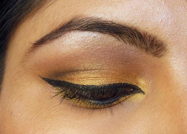 Golden Smokey Eyes EOTD