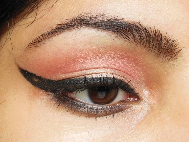 Heart Eyeliner EOTD 1