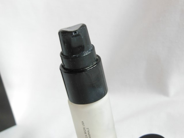 Hourglass Veil Mineral Primer Pump