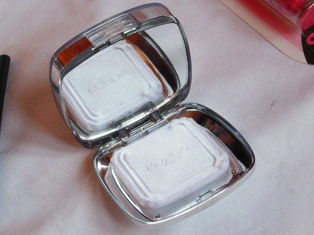 L'Oreal Paris True Match Super Blendable Powder packaging