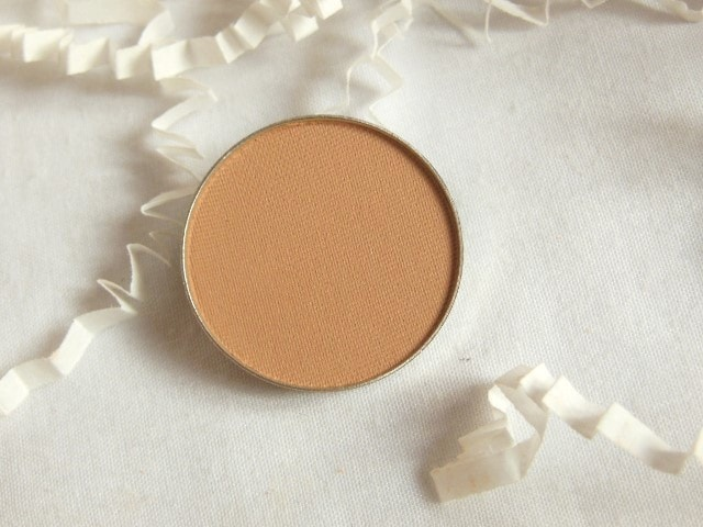 Luxie Neutral Powder Eye Shadow 164 Review