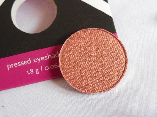 Makeup Geek Cosmopolitan Eye Shadow Review