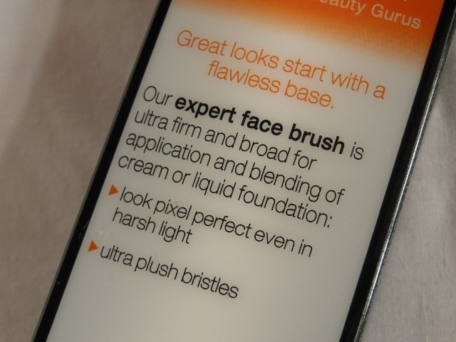 Real Techniques Expert Face Brush Claims