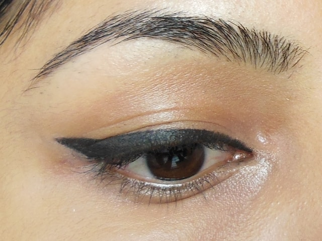Thick Winged Liner Eye Makeup Look