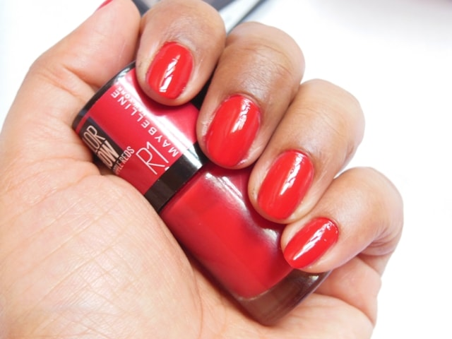 Maybelline color show big apple reds nail paint paint the town red