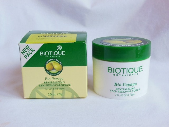 Best Scrubs To Remove Sun Tan In India -Biotique Bio Papaya Tan removal Scrub