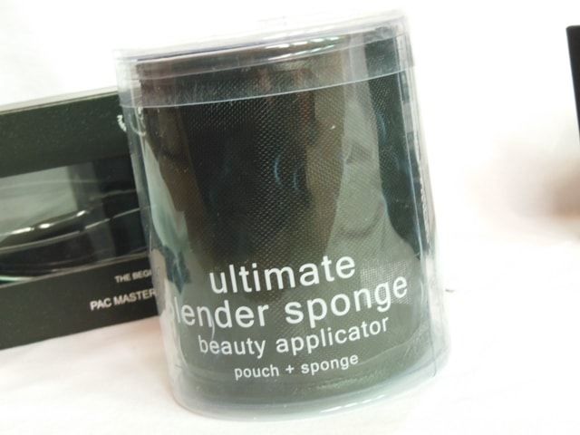 PAC Cosmetics Ultimate Blender Sponge Packaging