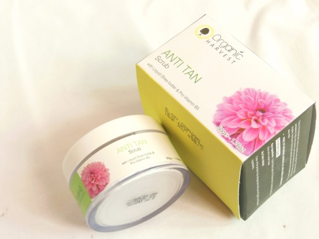 Organic Harvest Anti Tan Scrub Review