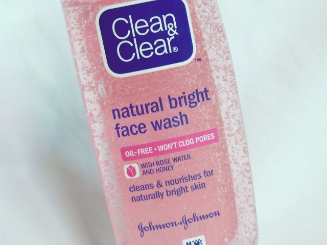 Clean&Clear Natural Bright Face Wash