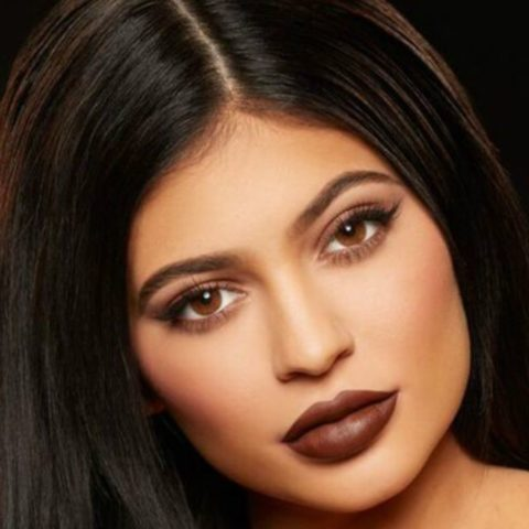 Top 10 Affordable drugstore dupes of Kylie Jenner Lip Shades in India- Dark Brown Lip Shade
