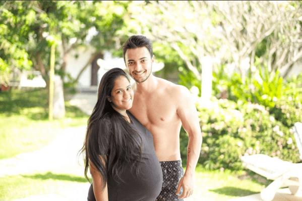 Top 10 Most Stylish Pregnant Bollywood Celebrities - Arpita Khan Pregnancy