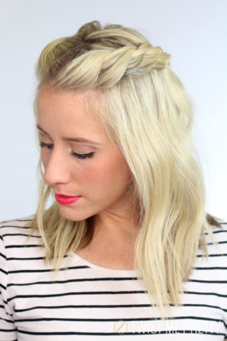 15 Best Hairstyles For Short Hair- Messy Front Braids