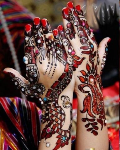 15-best-karwa-chauth-mehendi-designs-colorful-stones-heena-designs-3