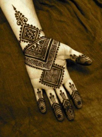 15-best-karwa-chauth-mehendi-designs-moroccon-mehendi-design-2