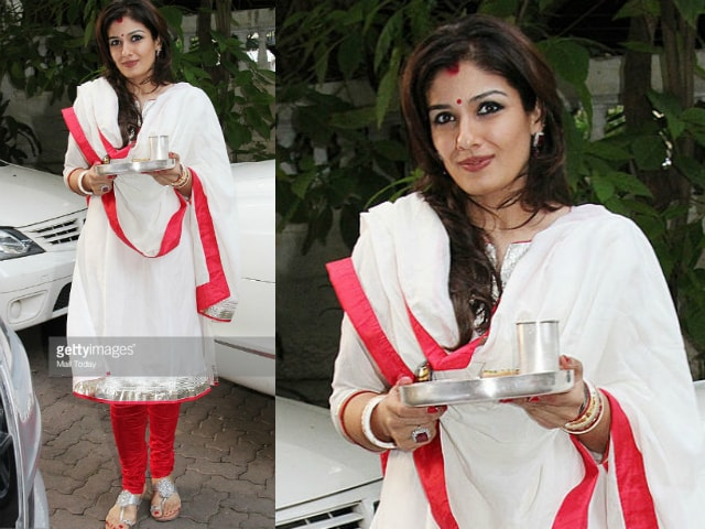 bollywood-celebrities-karwa-chauth-outfit-raveena-tandon-white-suit