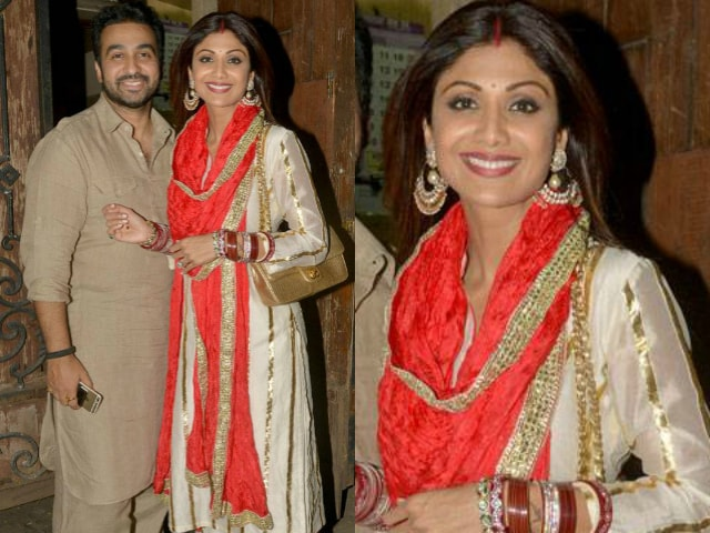 bollywood-celebrities-karwa-chauth-outfit-shilpa-shetty-white-plazzo