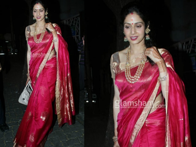 bollywood-celebrities-karwa-chauth-outfit-sridevi-red-saree-3