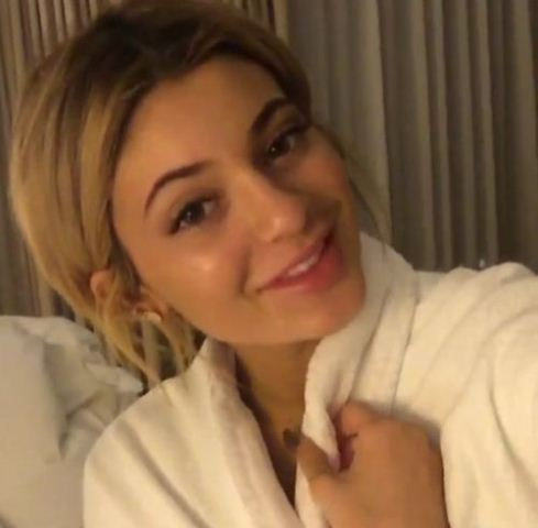 kylie-jenner-beauty-and-fitness-secrets-remove-makeup