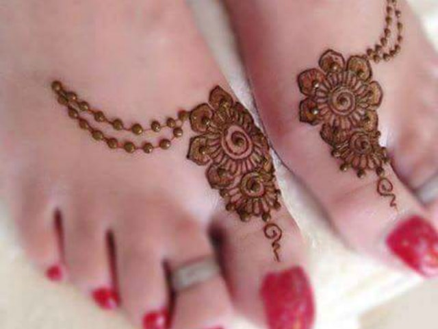 Mehndi Designs For Feet Simple : Trending henna designs for feet best mehendi