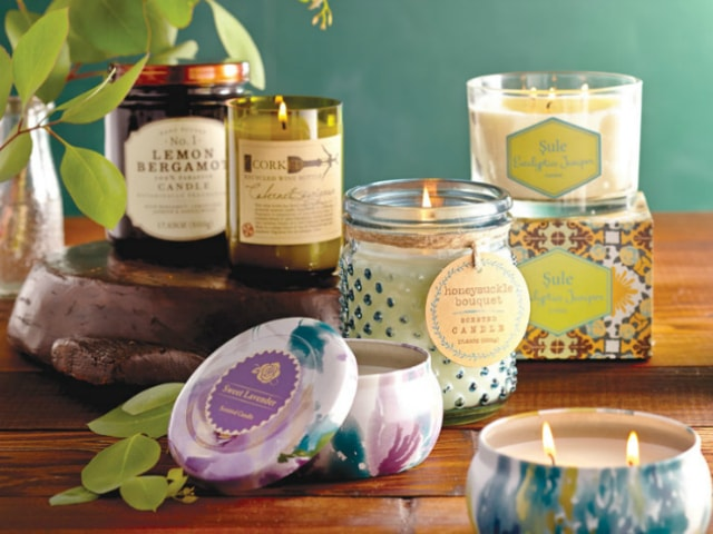unique-diwali-gift-ideas-aromatic-candles