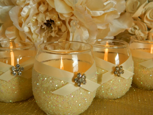 unique-diwali-gift-ideas-candle-holders