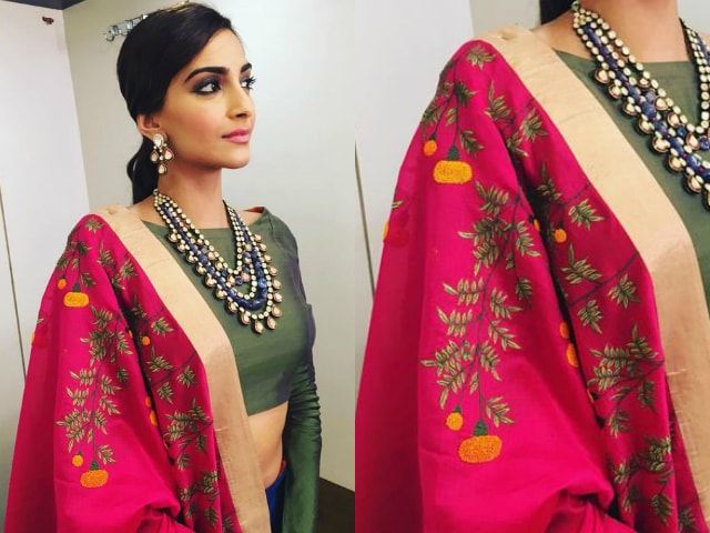 wardrobe-essentials-for-indian-brides-sonam-kapoor-embroided-dupatta
