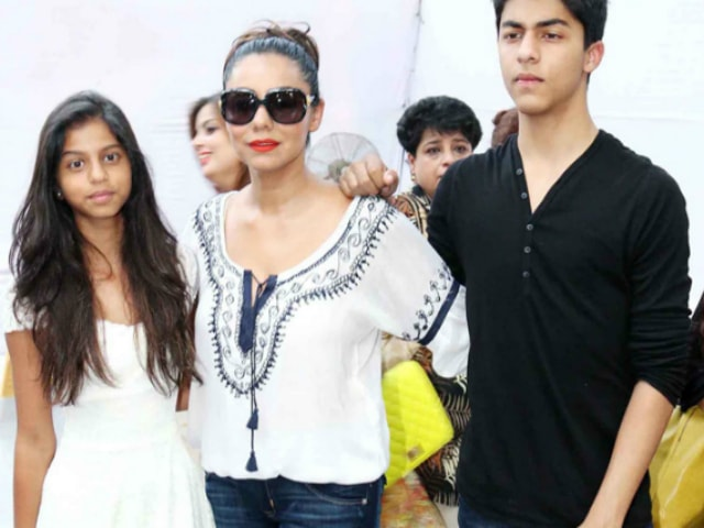 yummy-mummies-of-bollywood-gauri-khan