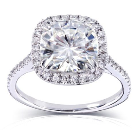 best-engagement-rings-for-brides-cushion-cut-diamond-ring-3