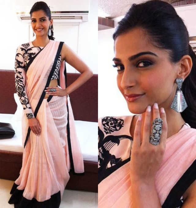 best-ethnic-looks-of-sonam-kapoor-sonam-kapoor-in-pink-and-black-saree