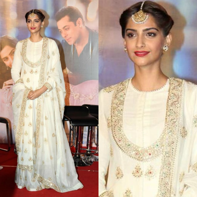 best-ethnic-looks-of-sonam-kapoor-in-suits