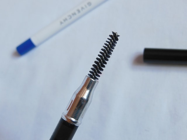 givenchy-eye-brow-pencil-dark-brunette-brush