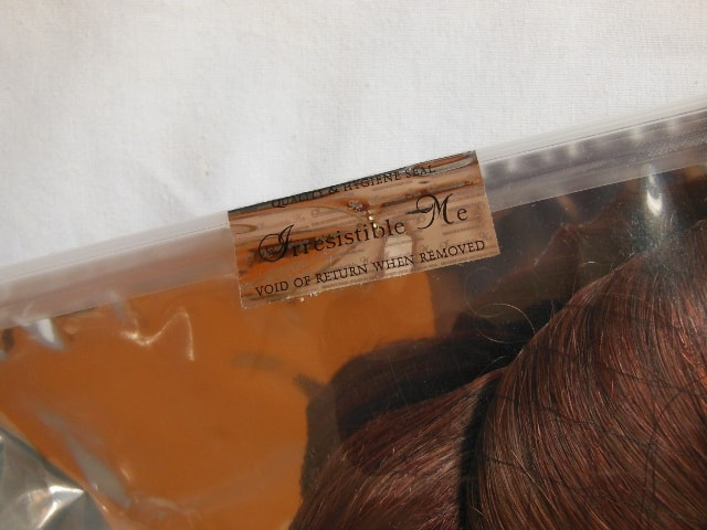 irresistible-me-clip-in-hair-extenstions-seal
