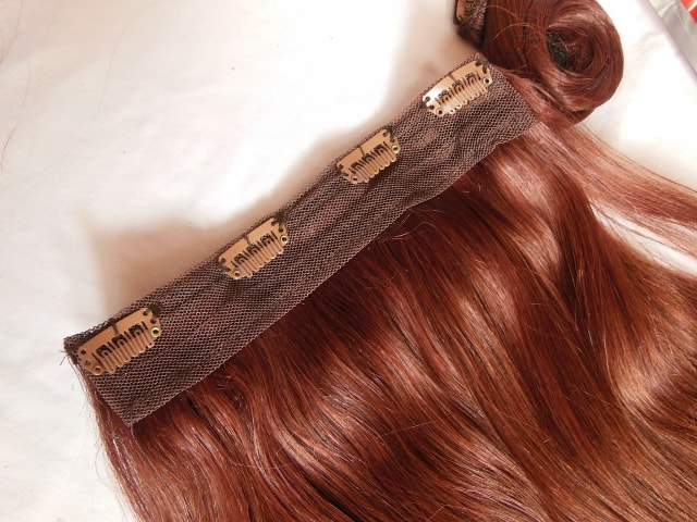 irresistible-me-hair-extenstions-clip