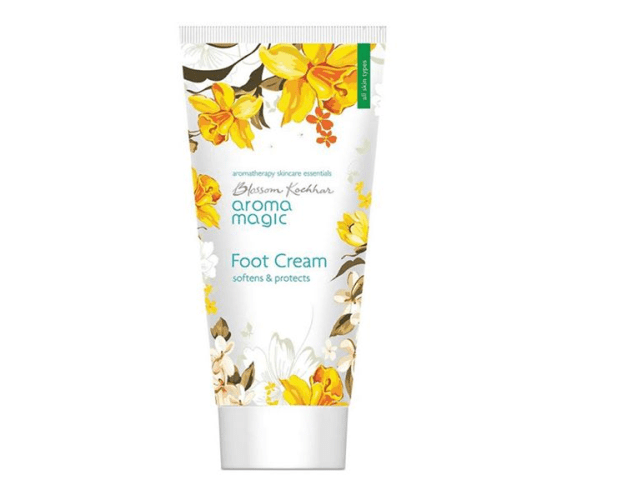 best-foot-creams-in-india-for-dry-feet-aroma-magic-foot-cream