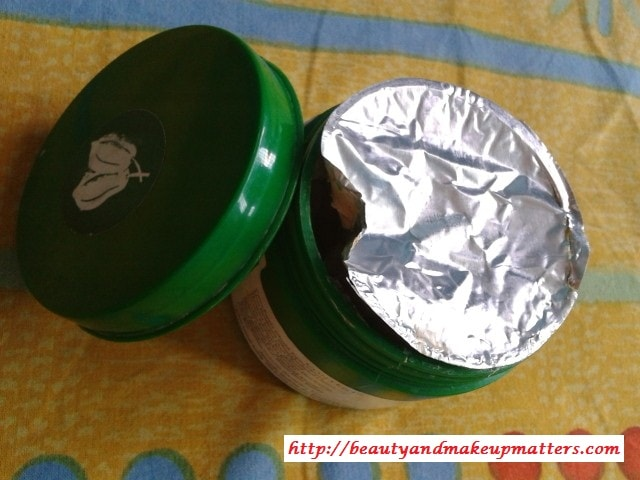 Biotique-Papaya-Scrub-Review