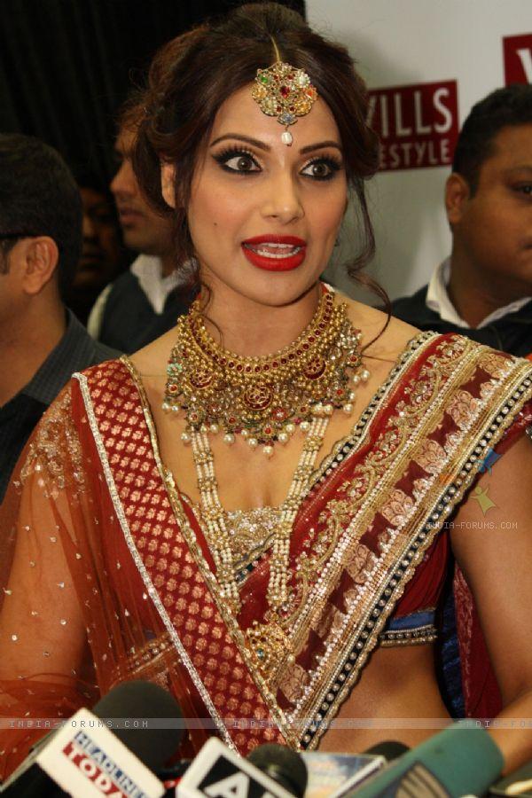 Bipasha Basu Bridal Makeup