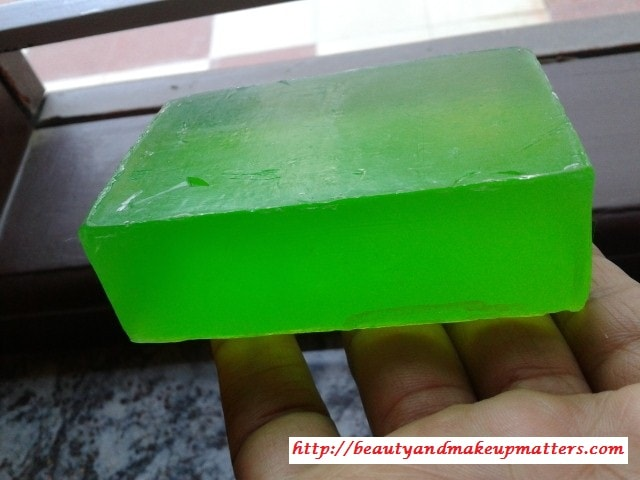 Khadi-Neem-Soap-Review1