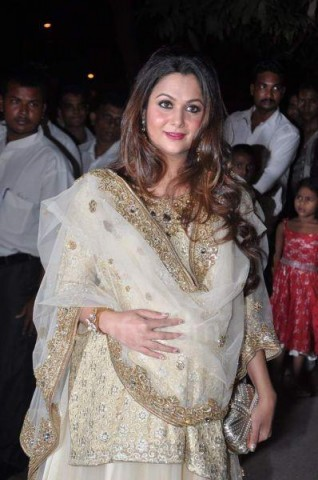 Amrita-Arora-at-Kareena-Sangeet