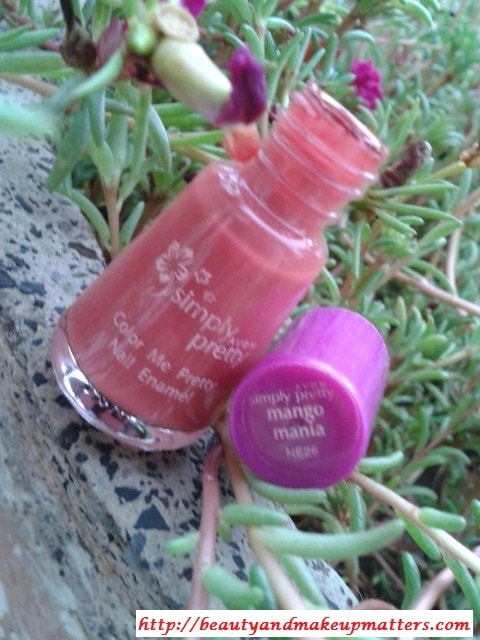 Avon-Simply-Pretty-Nail-Polish-Mango-Mania-Review