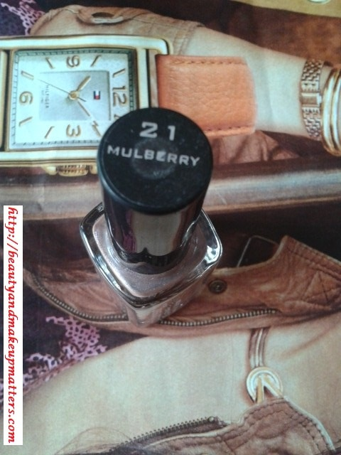 Colorbar-Nail-Lacquer-Mulberry