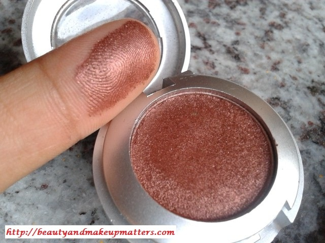 Colorbar-Spicy-Brown-Eyeshadow-Swatch