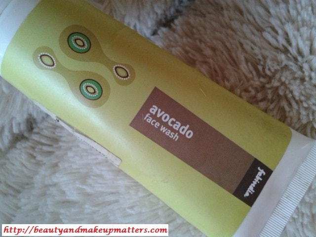 FabIndia-Avocado-Face-wash-Review