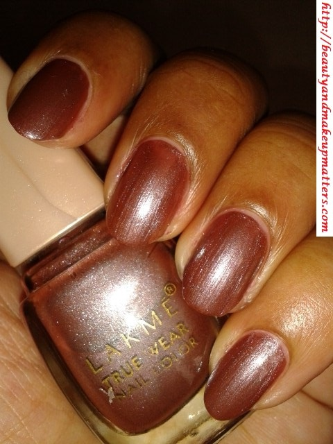 Lakme-True-Wear-Nail-Color-Sabhyachi-NOTD