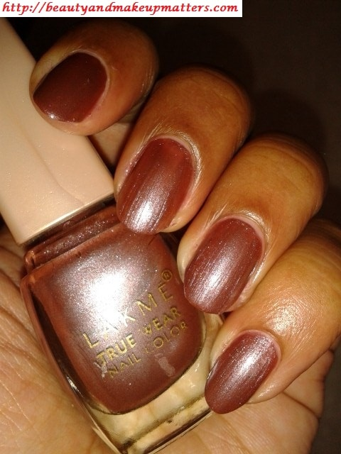 Lakme-True-Wear-Nail-Color-Sabhyachi-Swatch