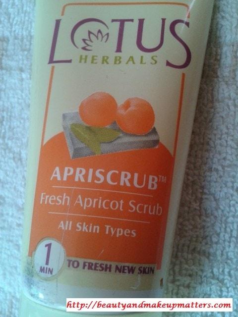 Lotus-Herbals-Apricot-Scrub-Review