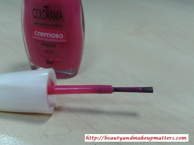 Maybelline-Coloroma-Nail-Paint-Sexy-Review