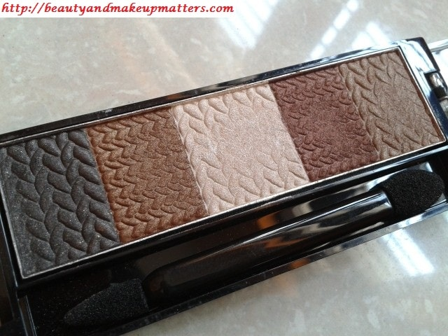 Revlon-Naturally-Glamorous-Eyeshadow-Palette-Review