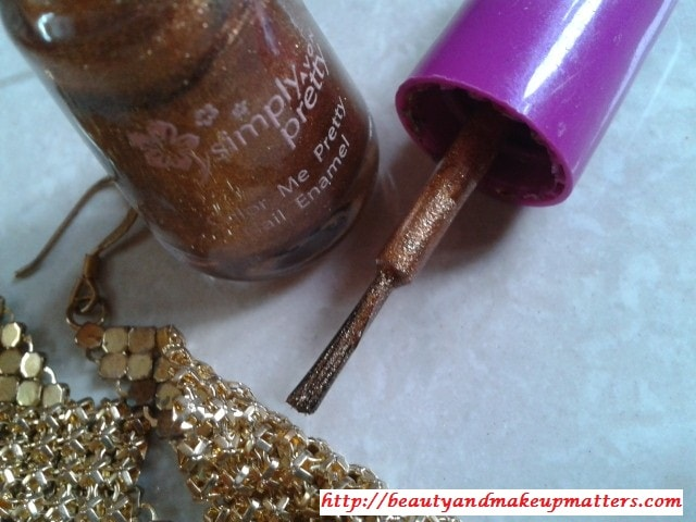 Avon-Simply-Pretty-Nail-Polish-Glitter-Gold