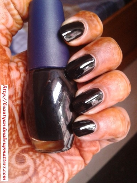 Konad-Nail-Polish-Solid-Black-Swatch