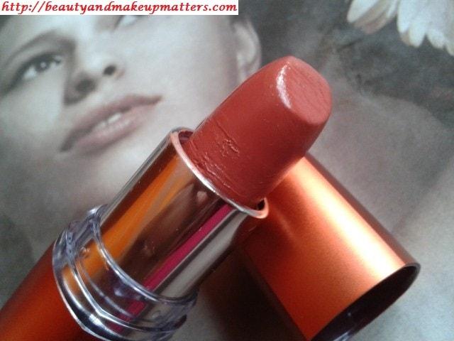 Maybelline-Moisture-Extreme-BronzeOrange-Lipstick